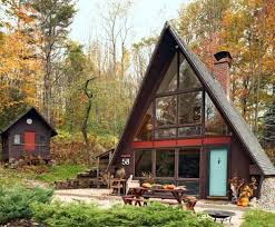 Unique Building Styles From A-Frame Houses as Second Homes