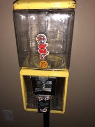Quarter Vending Machines Magnificent VINTAGE YELLOW NORTHWESTERN Curtis Gumball Quarter Vending Machine