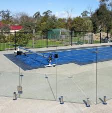 6 frameless glass pool fencing