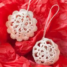 Free Crochet Christmas Ornament Patterns Adorable Lace Crochet Christmas Ornaments Free Pattern Petals To Picots