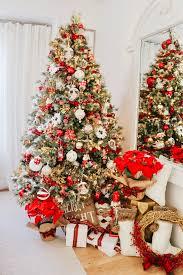 Poinsettia Christmas Tree Lights Uk Red White New England Style Christmas Tree Kristywicks Com
