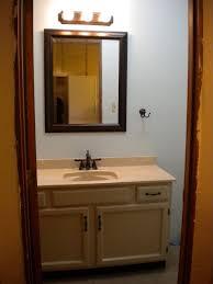 Red Gate Farm Peach Palace The Finale Day - Trim around bathroom mirror