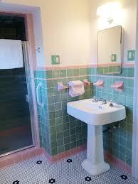 ... vintage-green-bathroom-pink-trim ...