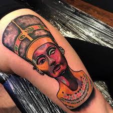 Psychedelic Style Nefertiti Tattoo On The Right Thigh