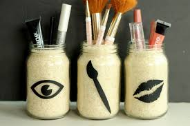 if you lack e you can easily keep your makeup tidy right on your counter