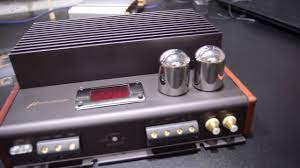 Hi-End U-dimension U-20VS Amplifier shoots - YouTube