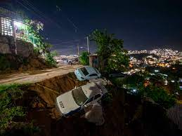 Earthquake And Strange Blue Lights ...