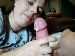 Homemade Wife Sucking Cum