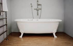 deep alcove bathtubs