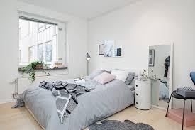 Camera Da Letto Grigio Bianco : Arredare camera da letto piccola idee salvaspazio