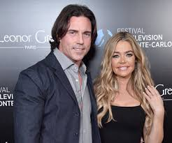 Denise Richards' Husband Aaron Phypers Shaves His Beard | Style & Living