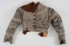 An Attempt to Unravel Agnes Richter's Jacket