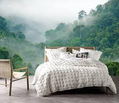 Vlies Fotobehang Regenwoud In De Mist Bomen Behang Muurmodenl