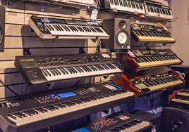 White keys to the second row and black keys to the first row on the computer's keyboard. Seattle Wa Best Keyboards Digital Pianos Synths Keyboard Accessories Keyboard Repair
