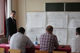 В университете проходит защита дипломов Гомельский  В университете проходит защита дипломов