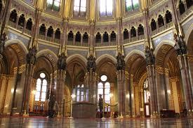 Budapest Parliament My Expat Life THATs HAMORI - Houses of parliament interior