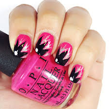 Nail Designs With Stripers Using The Yellow Nail Art Striper Make A Large Leaf Shape On
