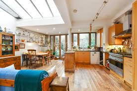 4 Bedroom Houses For Sale In London