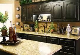 kitchens decorating ideas. Inspiring Best 25 Kitchen Countertop Decor Ideas On Pinterest Decorating | Callumskitchen Kitchens L