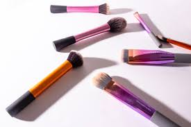diffe types of foundation brushes