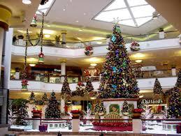Mall Holiday Dcor & Custom Programs