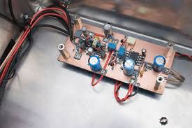 the sproutie mk ii hf regen receiver dave richards aa7ee mounted above the af output stage on the stand offs is this next filter board carrying 2 lpf s the first filter to be built was the 6khz one