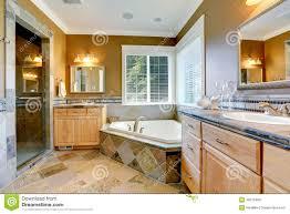 Vasca Da Bagno Ad Angolo 120x120 : Vasche da bagno colore beige angolari