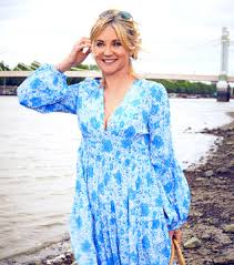 Anthea turner on wn network delivers the latest videos and editable pages for news & events, including entertainment, music, sports, science and more, sign up and share your playlists. Grace Meets Anthea Turner Studio10 Makeup