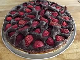 Risultati immagini per Torta al cioccolato e fragole