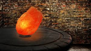 himalayan salt lamps are great for environment friendly decor