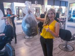 "Wendi Lane on Twitter: ""WEIRD BUT AWESOME! This bag of human hair will be  used to soak up oil spills in the ocean! It's part of Shermaines Salon and  Day Spa's ZERO"