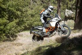 2018 ktm 1090 adventure r. plain adventure ari henning reviews the 2017 ktm 1090 adventure r motorcycle inside 2018 ktm adventure r