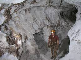 larry shaffer in flatlands lechuguilla cave nm march 2007