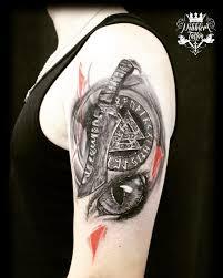 Tetování Za Ucho Bolest