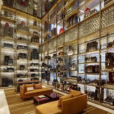 Project: Louis Vuitton