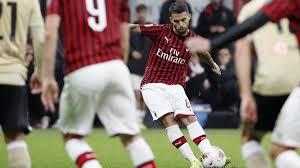 Milan-Spal 1-0, Suso entra e regala il primo successo a ...