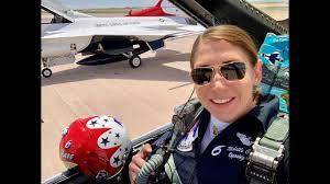 Meet Only Female F-16 Pilot of Thunderbirds Maj Michelle Curran ...