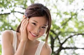 30代40代女性が若く見える方法若い見た目になる髪型食べ物運動化粧
