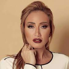 ريهام سعيد تعلن إصابتها بفيروس كورونا واحتجازها بالمستشفى بعد تضرر الرئة
