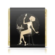 Шоколадка 3,5×3,5 см <b>Красивая девушка с</b> зеркалом силуэт ...