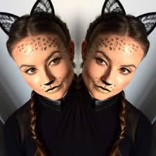 awesome lacy cat ear with proper makeup for