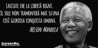 Risultati immagini per foto di Nelson Mandela