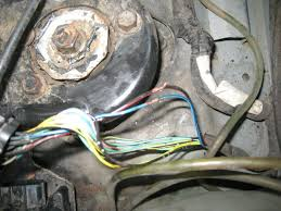 2000 chevy tracker fi fuse blows intermittently suzuki forums 2000 chevy tracker fi fuse blows intermittently wire jpg