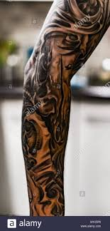 Arm With Tattoos Immagini Arm With Tattoos Fotos Stock Alamy
