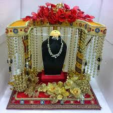 How To Decorate Trays For Indian Wedding Indian Wedding Decorative Items Reception Decoration Ideas 60 4