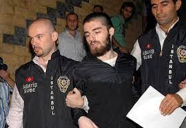 Münevver'in kardeşi Garipoğlu'na saldırdı - Son Dakika Flaş Haberler