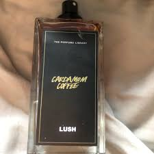 Sips of sweet colombian cocoa absolute and waves of warming cardamom oil wrap you in a comforting embrace. Lush Fresh Handmade Cosmetics Cardamom Coffee Reviews Abillion