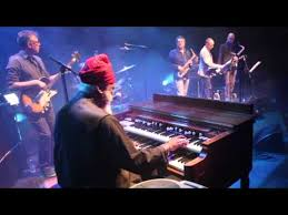 The Jazzinvaders ft. Dr. <b>Lonnie Smith</b> - The Jazzinvaders ...