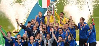 It came Rome: come la vittoria degli Europei aiuta il brand Italia -  LaConceria
