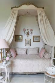 Shabby Chic Decor For Bedroom Shabby Chic Girl Bedroom Ideas